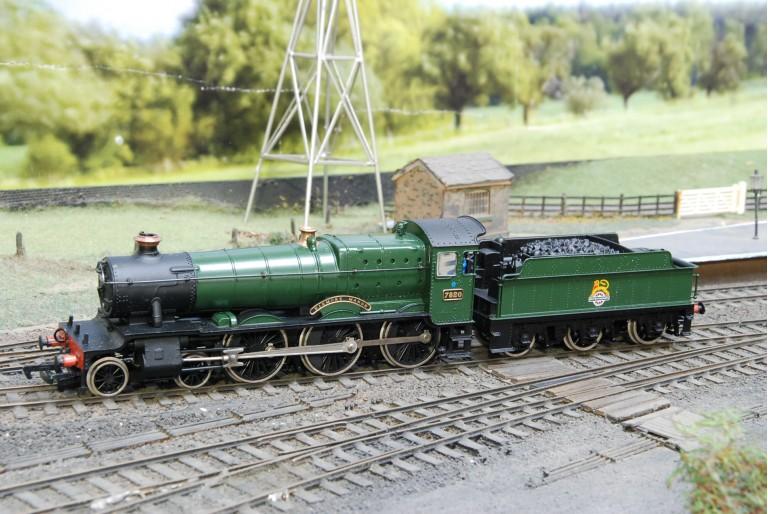 Dinmore Manor Class 4-6-0 Bachmann 31-301
