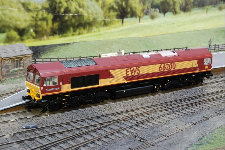 Class 66 Railway Heritage Committee EWS Loco 32-730