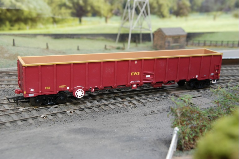 Dapol B777A MBA Monsterbox in EWS 500003