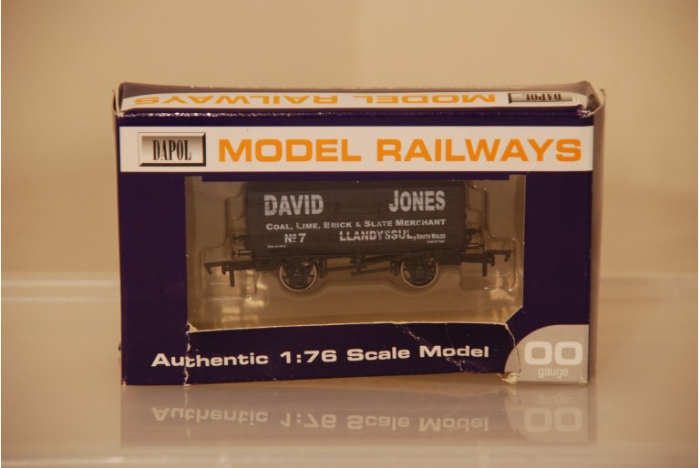 7 Plank Wagon David Jones Llandysul