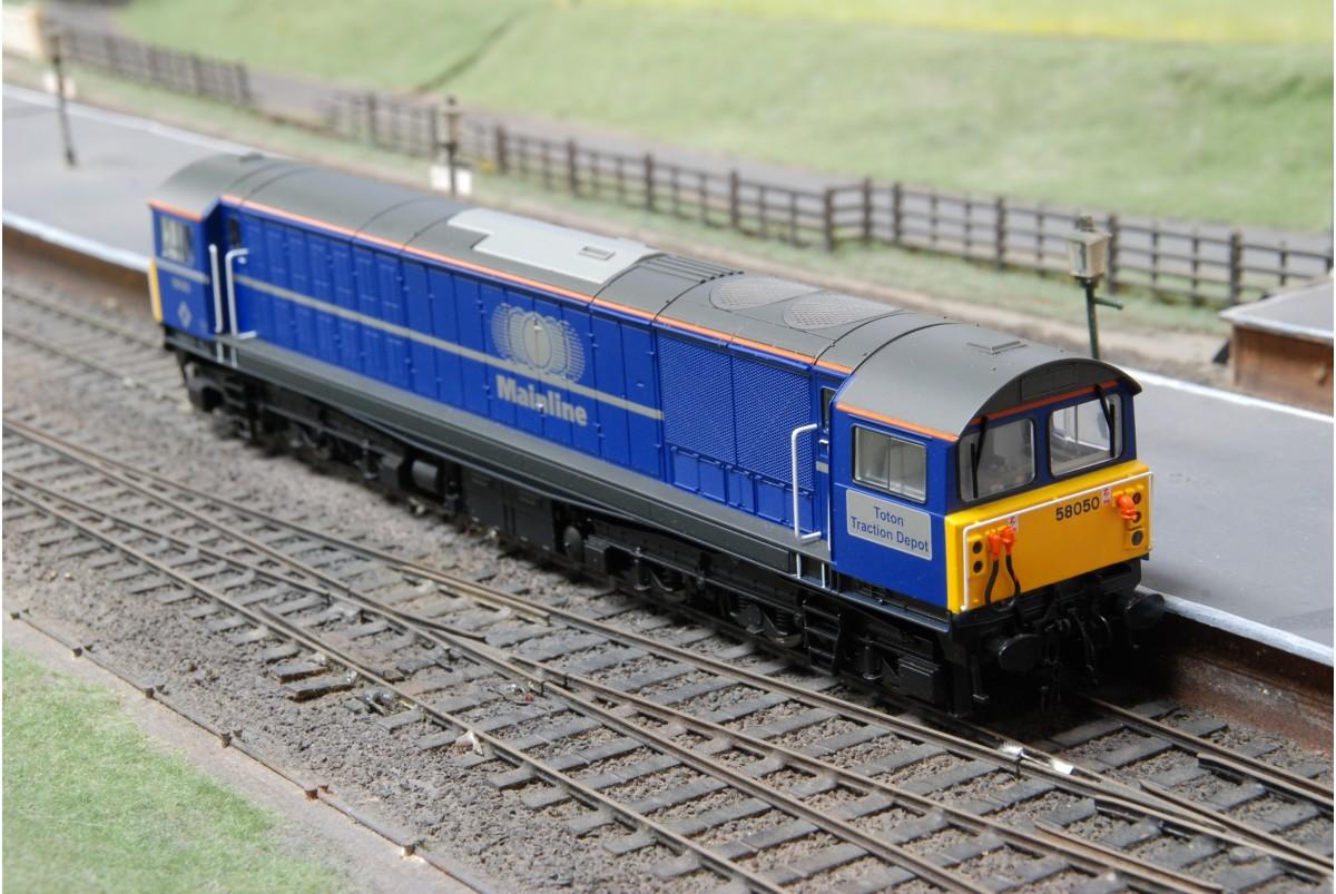 heljan 58051 mainline class 58 toton traction depot in oo gauge blue. Black Bedroom Furniture Sets. Home Design Ideas