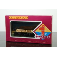 E Turner & Sons 3 Plank Wagon Hornby R041