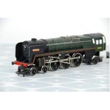 Hornby R063 Britannia 70000