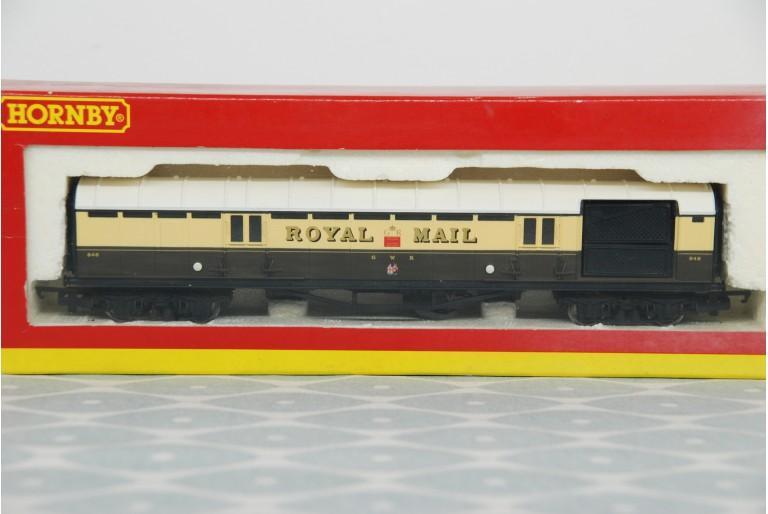 GWR Operating Royal Mail Coach R4108