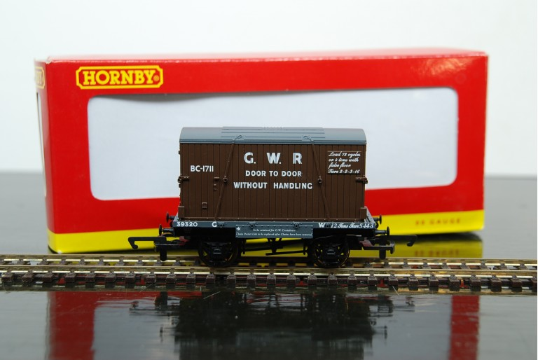 GWR Conflat and Container BC-1711 R6346A