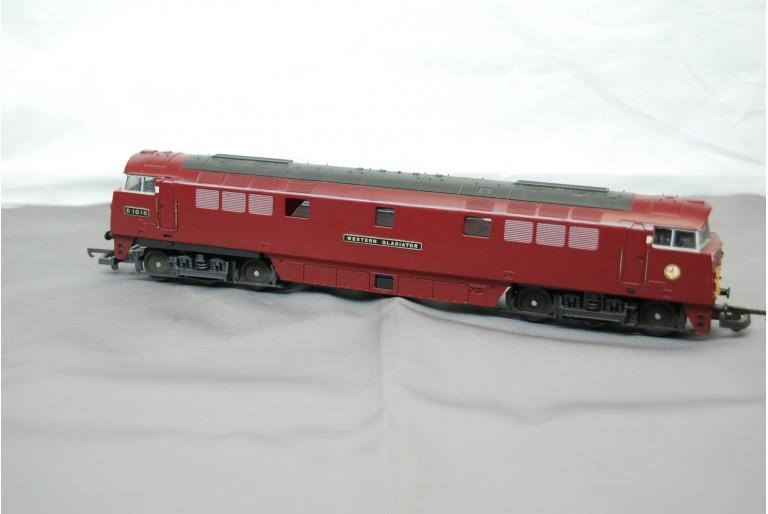 BR Western Gladiator Diesel Loco Maroon D1016