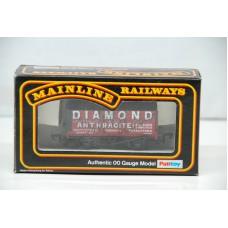 Diamond 7 Plank Wagon - Mainline